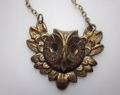 Owl Necklace, Brass Owl Charm, Owl Bird Pendant, Antique Gold Owl Necklace, Bird Necklace, Vintage Style Owl Necklace, Bird Charms, Nature