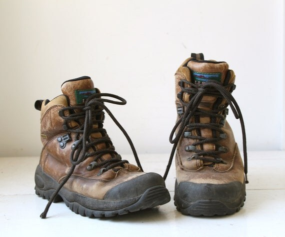 Lastest Womens Vintage Size 7 Tan Hiking Boots