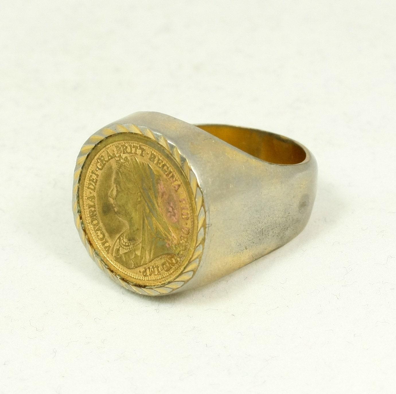 Vintage Queen Victoria Half Sovereign Replica Coin Ring Size