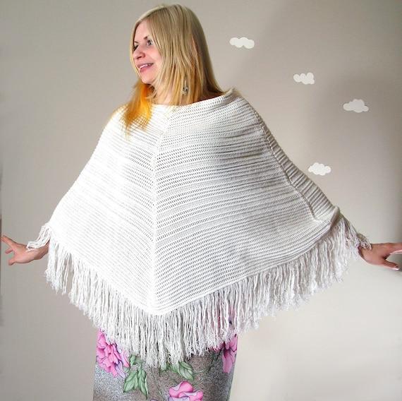 Bright white poncho knit revamped vintage fringe BOHO IN SOHO