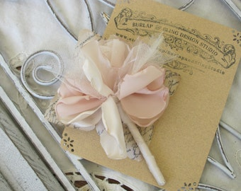 Groomboutonniere Fabric Wedding Accessory
