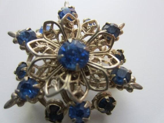 Vintage brooch-  beautiful sapphire rhinestone floral motif, antique silver metal, very old (2860)