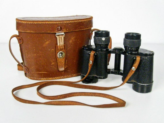 Vintage Binoculars With Leather Case 1940s