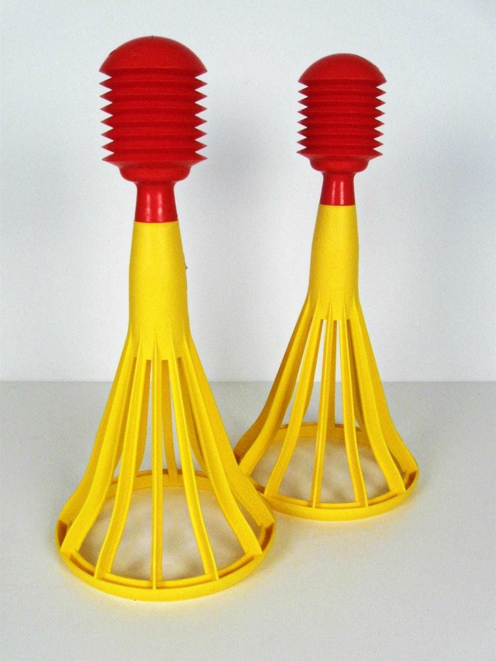 1970 S Toys : Vintage tupperware pop a lot toys set of s