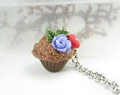 Rose and Heart Cupcake Necklace Pendant - Food Jewelry, food necklace, cupcake necklace