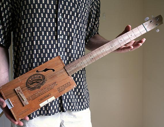 acoustic cigar box guitar no 48 padron 2000 ready to ship. Black Bedroom Furniture Sets. Home Design Ideas