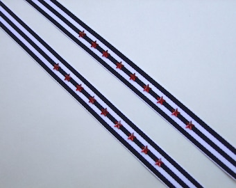 adjustable straps in nautical stripes and stars