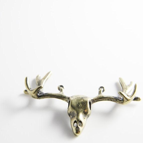 2pcs Antique Brass Stag Deer Antler Skull Pendant - 54x39mm (25728Y-E-372B)