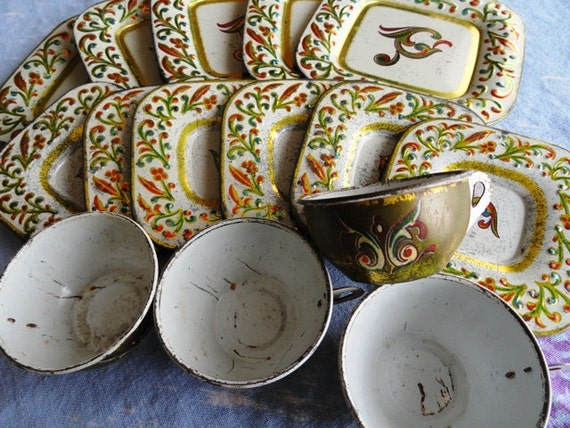 SALE Vintage J. Chein Tin Tea Set, 15 pieces, creamer, sugar, square plates, cups and saucers