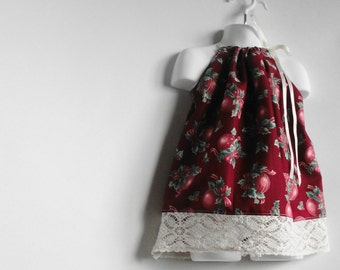 Kids Dress. Christmas Dress. Red Dress. Vintage Lace Dress. Doily Dress. Toddler Girl Pillowcase Dresses / Top. Eco kids. Eco Fashion