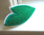 Large green leaf, merino felt barrette. Excellent, wide and strong grip for thick/curly hair.