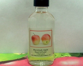 Macintosh Apple (Type) Reed Diffuser