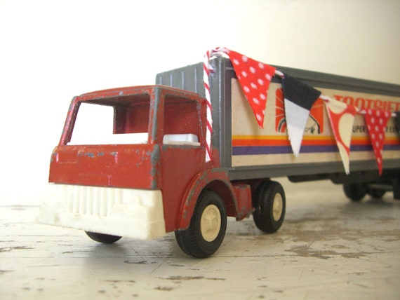 Tootsie Toy Semi Truck and Trailer 1970 Super Wheeler Express, With A Sweet Handmade Fabric Bunting Banner