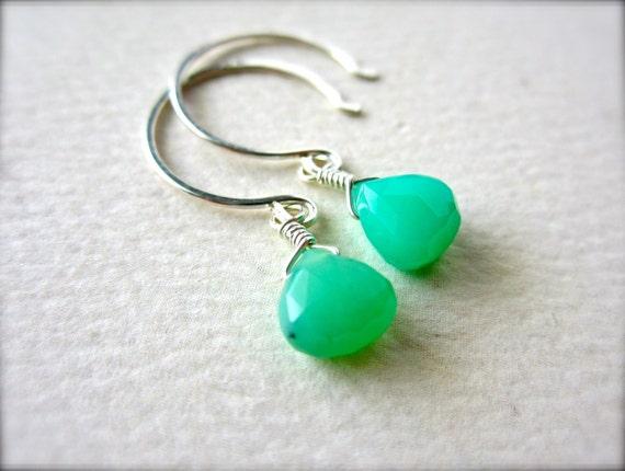 soft mint earrings - green gemstone earrings, chrysoprase, sterling silver, handmade jewelry, DE07S