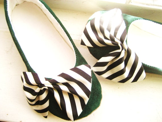 Girls Shoes-Green Suede-Ready to Ship-size 13