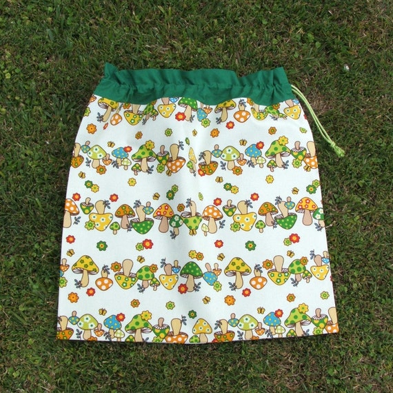 Drawstring bag spotty mushrooms green orange cotton for library toys sheets storage