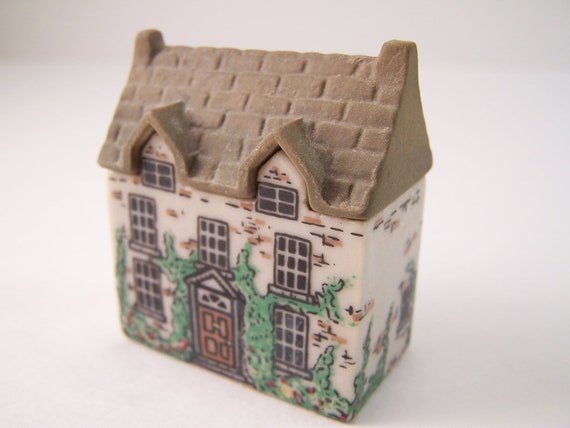 Vintage Collectible Porcelain, Dr healer's  house 2 Wade of England WHIMSEY ON WHY, Miniature