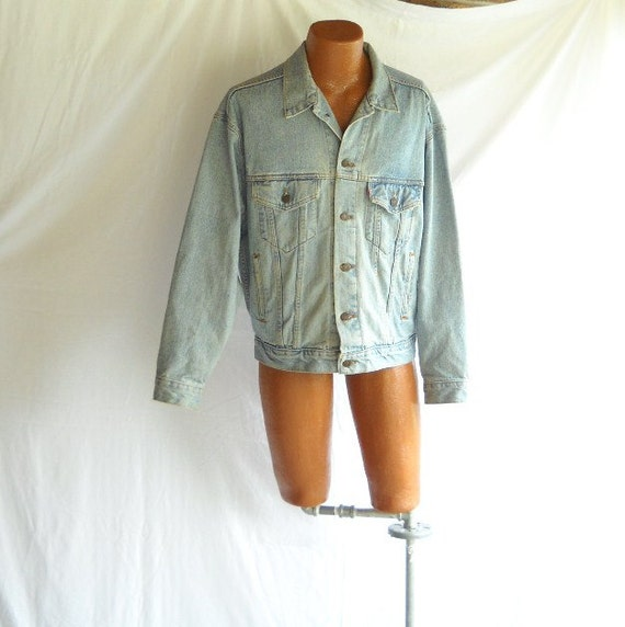 Vintage Jacket  Levi's Denim Jean Jacket Men's Coat 1980s Blue Jean Coat