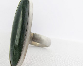 Oval Jade Ring in silver