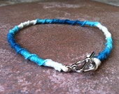 Chinese Knot Anklet in Summer Pool: Blue and White Hemp Anklet