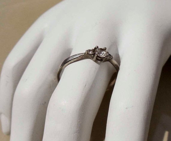 Vintage Silver Faux Diamond engagement Ring size 9.5