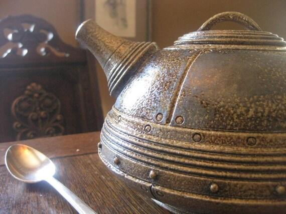 Arc Teapot-Large