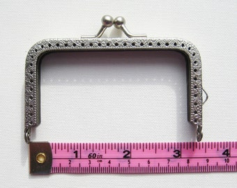8.5 cm/3.375 inch matte silver rectangular purse frame kiss lock clasp snap clutch with antique embossing embossed, sew on in sewing holes