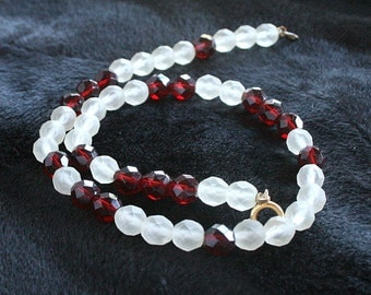 Vintage Red White Glass Crystal Necklace Frost White Garnet Red Wedding Formal Frosted Glass Crystal Beads