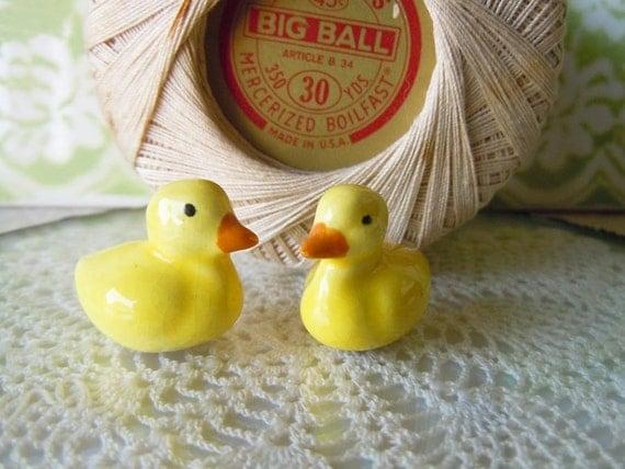2 Vintage Miniature Ducks Figurines Yellow Dollhouse