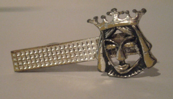 vintage tie clasp style king centres see