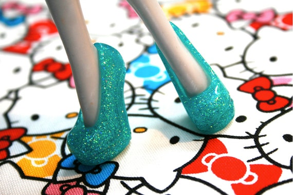 Monster High doll Light Turquoise with Glitter heeled shoes