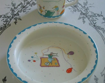 Nice Mice Childs Cup And Bowl Set Very Sweet Made in England Mice Balloons Bright Fun