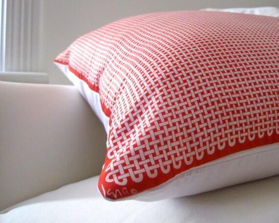 Red Basket Weave Vera Silk PILLOW Sham - Throw PIllow Cover Handmade with Vintage 1970s Vera Scarf in Red and White Geometric Rope Design