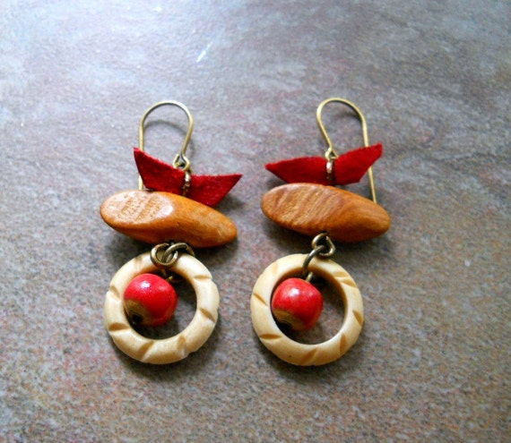 Red Ceramic, Wood and Horn Earrings, Antiqued Brass, Red Leather, Elaine Ray Red Ceramic Rounds, Natural, Rustic, Western Fashion