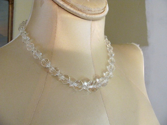 Antique Vintage cut glass bead necklace, 1940s/50s clear