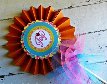 Luau/Flower Centerpiece Pinwheel...Set of 1 Pinwheel