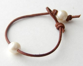 Leather and Pearl Bracelet. Rustic Brown Leather with White Pearls