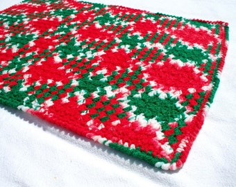 Crochet Pet Blanket - Red and Green
