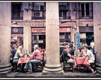 Barcelona, Spain Photograph. La Boqueria Tableau - Outdoor Dining. 8x12
