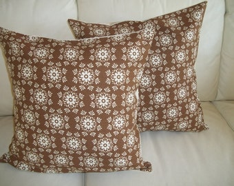 SALE Throw Pillow Cover Set of 2 Brown & White Mod Floral Medallion 18 x 18