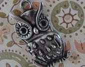 Large Retro Owl Charm or Pendant