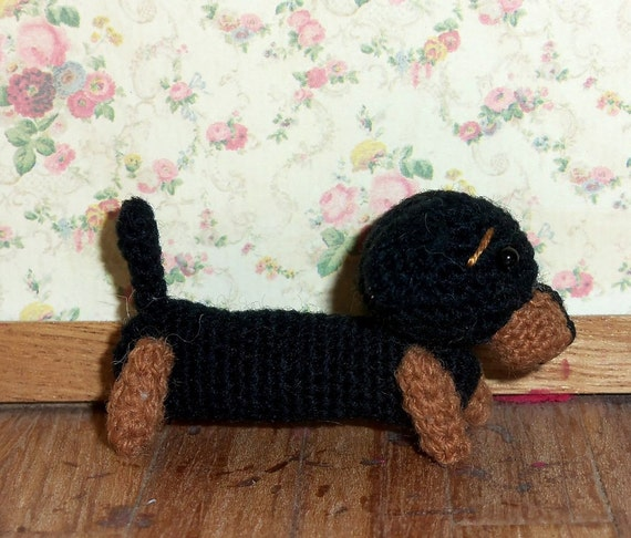 Miniature Dachshund Thread Artist Crochet Ready to Ship
