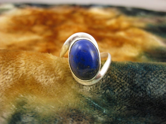 Ring - Size 9 3/4 - Sterling Silver - Lapis Lazuli - Blue Stone Jewelry - Lapis Oval Ring - Women Fashion - Signed Stamped 925