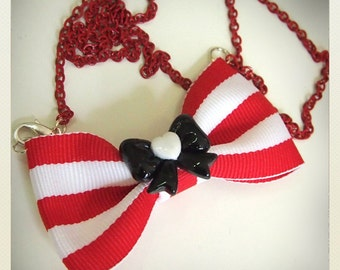 Old School Pin Up -Style Bow Necklace