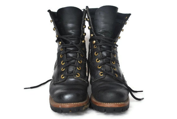 Leather Combat Boots / lace up 90s grunge / size 6