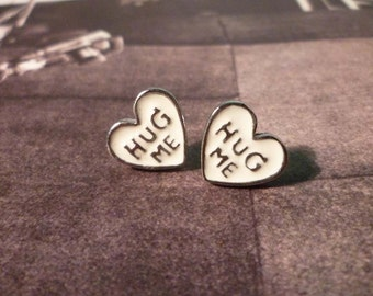 Hug Me Stud Earrings - White
