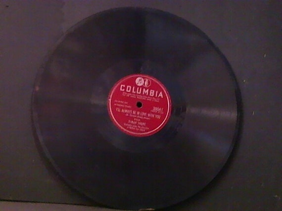 I' ll Always Be In Love With You & In A Little Bookshop, by Dinah Shore.( Year 1939 ) Record Item 38041d- ( F R E E )