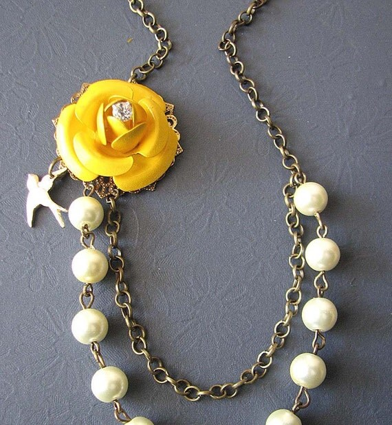 Bridesmaid Jewelry Flower Necklace Yellow Necklace Enamel Jewelry Charm Necklace Gift For Her Beaded Necklace