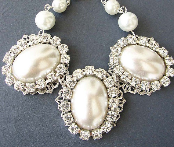 Vintage Bridal Jewelry Pearl Necklace Bridal Wedding Jewelry Bib Statement Necklace Bridesmaid Necklace Single Strand Gift Set