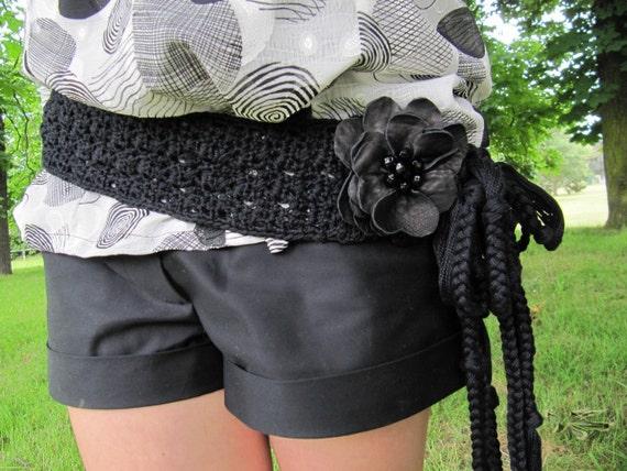 "SALE ! - ""Black Flower"" Crochet Belt"